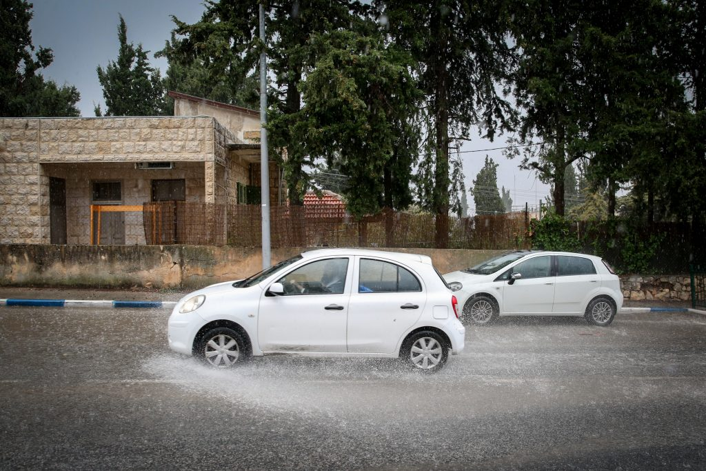 flash floods jordan