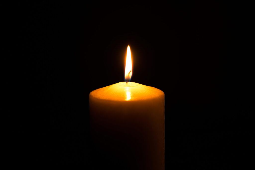 death or yahrtzeit candle, heshy hirth