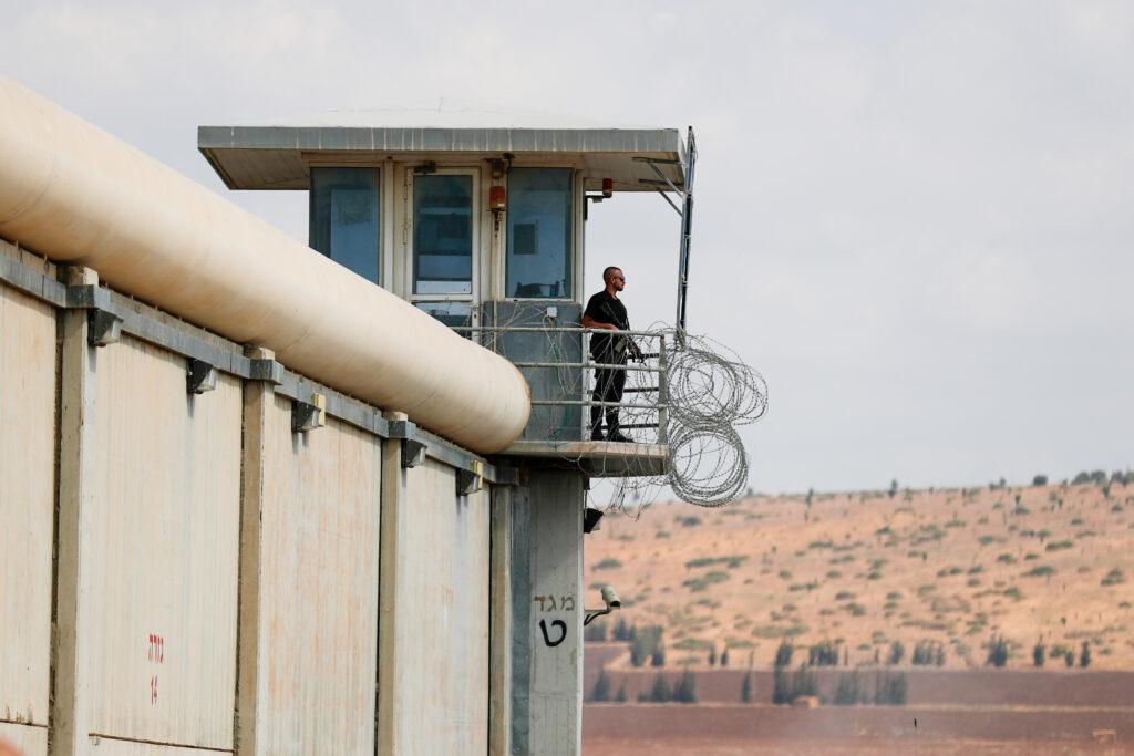 israel prison escape